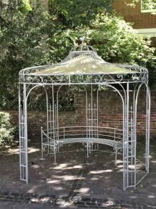 Pavillon für den Garten aus Metall
