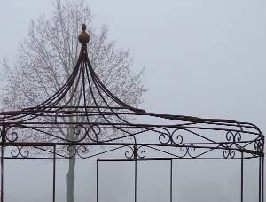 Gartenpavillon aus Eisen geschmiedet