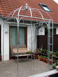 Stabiler Rosenpavillon